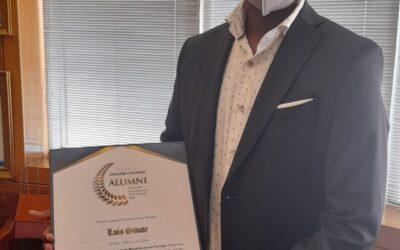 Entrega da Menção Honrosa do Prémio Joaquim Chissano – Alumni Estudante Moçambicano em Portugal ao Professor Dr. Luís Sinate